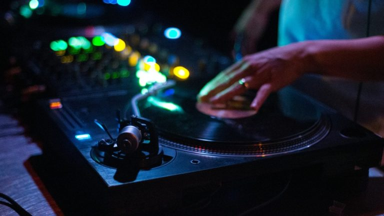 Best DJ Controllers Under $500 2021: Reviews & Buyer's Guide